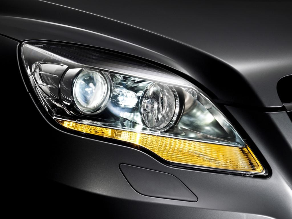 faros mercedes benz: