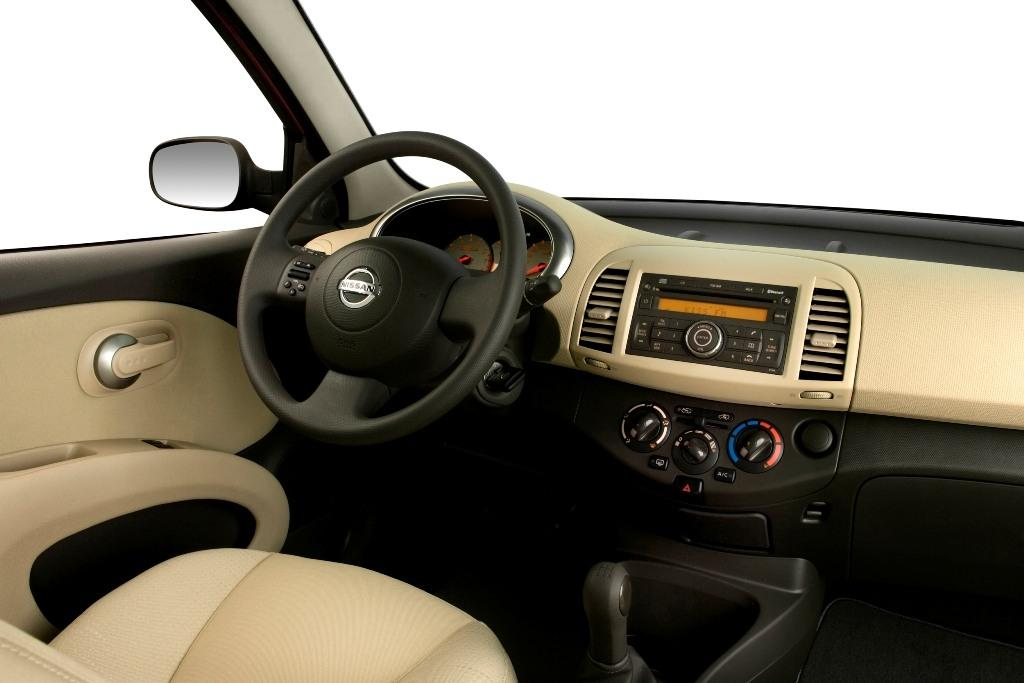 new carz and bikes: 2011 Nissan Micra interior pictures