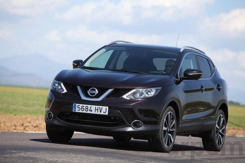 prueba nissan qashqai dci 130 cv 4x4 i tekna info coche. Black Bedroom Furniture Sets. Home Design Ideas