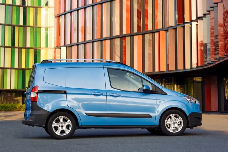 Asegurar FORD TOURNEO COURIER