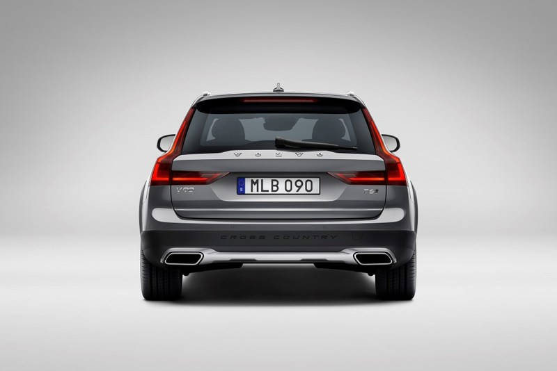 Foto Volvo V90 Cross Country 2017