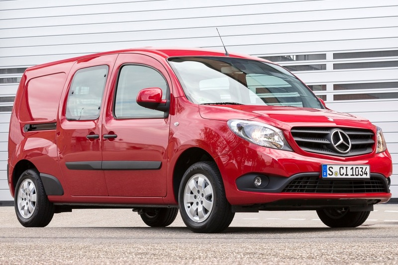 Furgoneta  Mercedes-Benz Citan 111 CDI Furgón Largo 110 CV BlueEFFICIENCY
