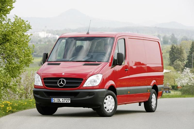 Furgoneta  Mercedes-Benz Sprinter Chasis Doble Cabina 324 Largo 258 CV
