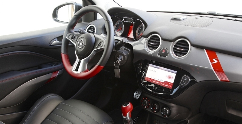Prueba opel adam s 1 4 turbo 150 cv an lisis veh culo for Opel adam s interieur
