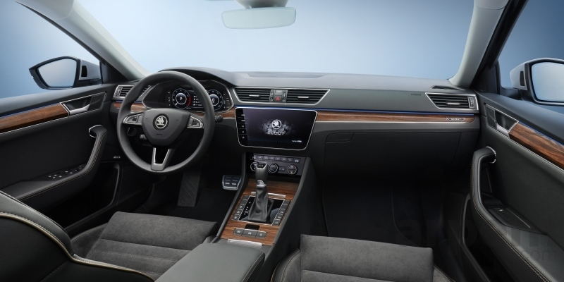 Škoda Superb Scout 2019