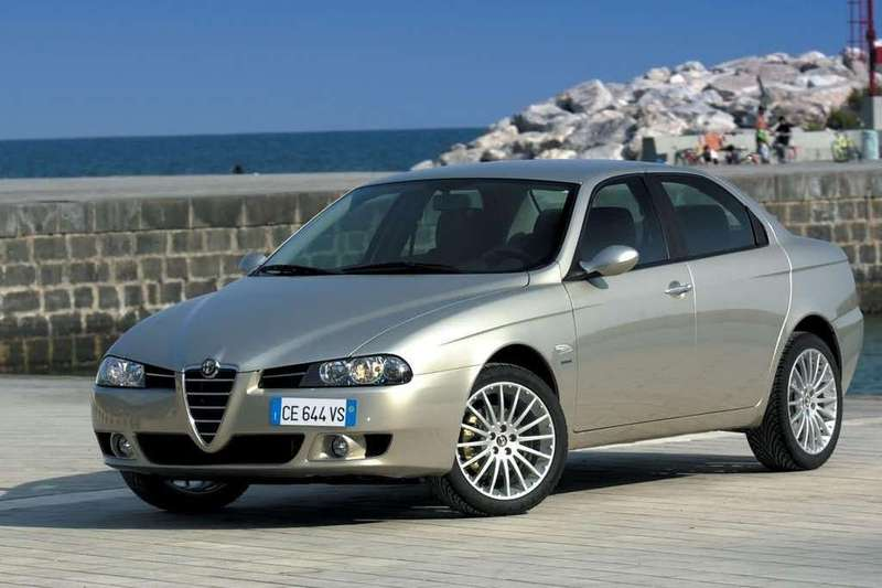 datos y ficha t cnica alfa romeo 156 2 4 jtd 20v 175 cv distinctive 2004. Black Bedroom Furniture Sets. Home Design Ideas
