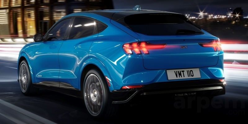 Ford Mustang Mach-E GT 2020