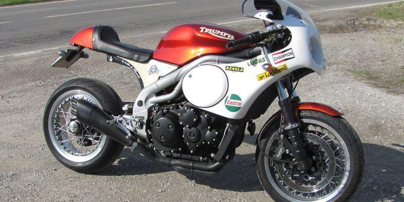 Triumph Speed Triple réplica Pickrell