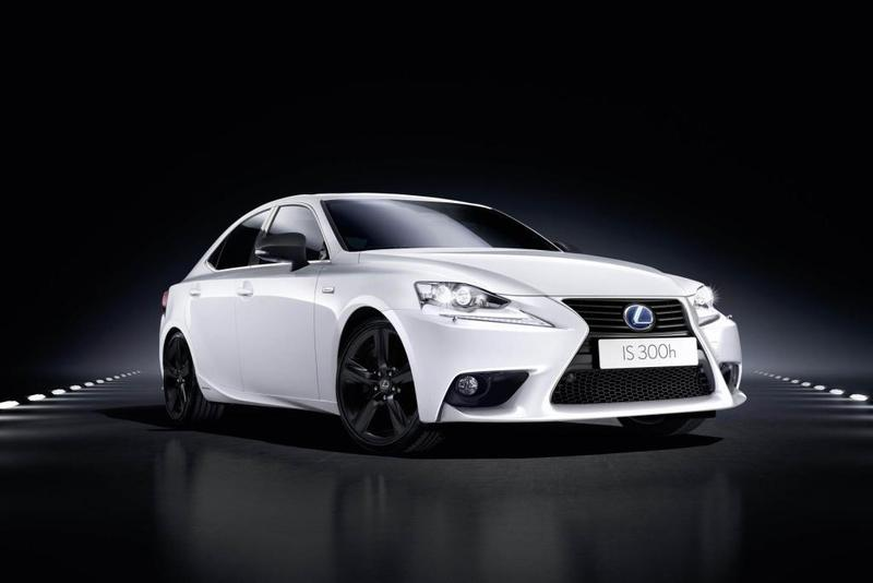 Lexus lanza el IS 300h Sport Edition
