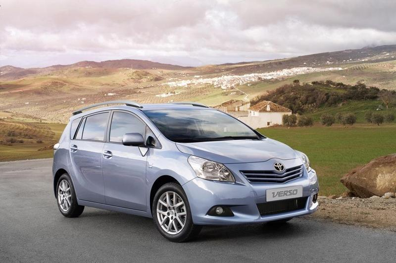 Toyota  Verso 2.0 D-4D 126 Advance (7 plazas)