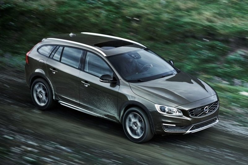 Volvo Cars presenta el V60 Cross Country