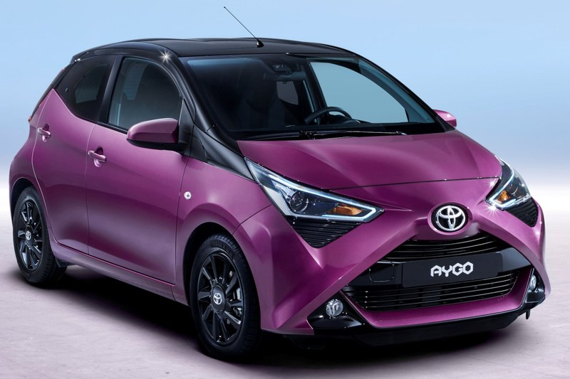 Toyota  Aygo 5p 70 x-cite x-shift