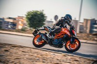Fotos motos KTM 390 Duke
