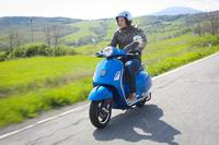 Fotos motos Vespa GTS 300 ie Super ABS ASR