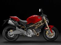 Fotos motos Ducati Monster 696