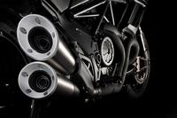 Fotos motos Ducati Diavel Carbon 2017