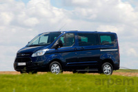 Fotos de furgonetas Ford Tourneo