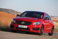 Fotos de coches Mercedes-Benz Clase CLA
