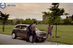 MINI Countryman Comercial Emergencia