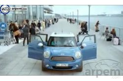 Video MINI Countryman Comercial Asistente Vuelo