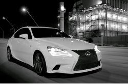 Lexus IS Revelación
