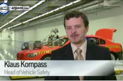 2011 BMW Serie 7 Crash Test