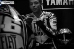 Video Yamaha YZF R1 Rossi
