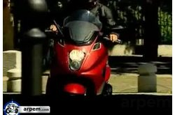 Video Gilera GP 800 Movimiento