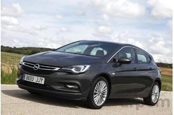 Fotos coches Opel  Opel  Astra 5p Excellence 1.4 Turbo 92 kW (125 CV) Start/Stop
