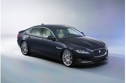 Fotos coches Jaguar  Jaguar  XF 2.0D 132 kW (180 CV) Chequered Flag