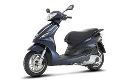Fotos motos Piaggio FLY 125 IE 3V 4T