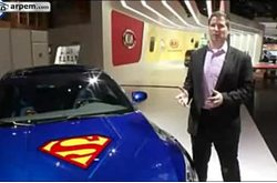 Video KIA Optima Hybrid Versión Superman