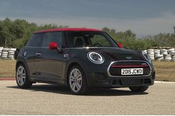 MINI John Cooper Works 2015 Trailer