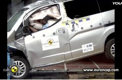 Nissan NV200 crash test