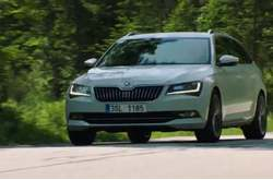 Vídeo Skoda Superb Combi 2016 Dinámico
