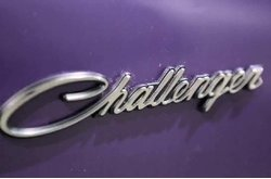 Video Dodge Challenger Detalles