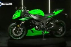 Video Kawasaki ZX 6 R Detalles