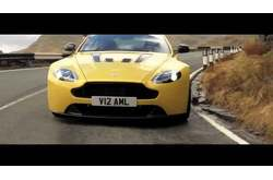 Video Aston Martin V12 Vantage S Dinámico