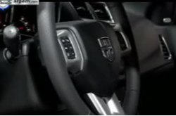Video Dodge Avenger Interior