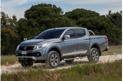 Fotos coches Fiat  Fiat  Fullback Doble Cabina Opening Edition 2.4 181 CV Aut. 4x4 Euro 5