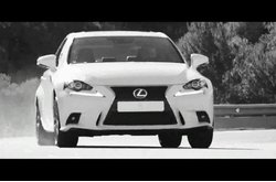 Lexus IS 300h F Sport Trailer