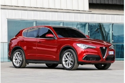 Fotos coches Alfa Romeo  Alfa Romeo  Stelvio First Edition II 2.0 206 kW (280 CV) AT8 Q4