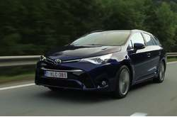 Toyota Avensis Touring Sports 2016 Dinámico