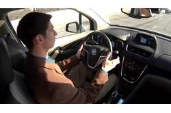 Video Buick Encore Manos libres