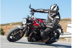 Fotos motos Triumph Speed Twin versión 2019