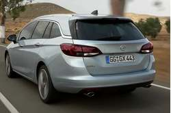 Opel Astra Sports Tourer 2016 Trailer