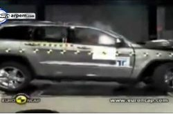 Jeep Grand Cherokee Crash Test