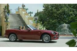 Vídeo Fiat 124 Spider 2016