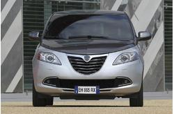 Fotos de coches Lancia Ypsilon