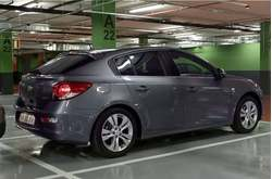 Chevrolet Cruze Hatchback Cámara Parking